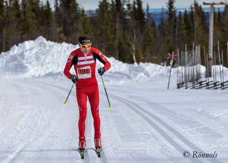 Markus Jönsson solo mot målet i Edsåsdalen. FOTO: Lars Rönnols.
