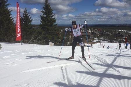 """Fredrik """"Bysse"""" Byström på väg upp mot toppstugan vid 2016 års Grönklitt Hill Climb. FOTO: Grönklitt Hill Climb."""