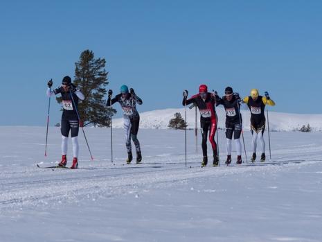 Herrklungan på fjället. Från vänster: Anton Karlsson, Andreas Holmberg, Oskar Kardin, Markus Ottosson och Andreas Nygaard. FOTO: Ulf Åkerlind.