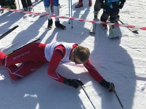 Daniel Södersten pustar ut som segrare i Grönklitt Hill Climb. FOTO: Marcus Laggar.