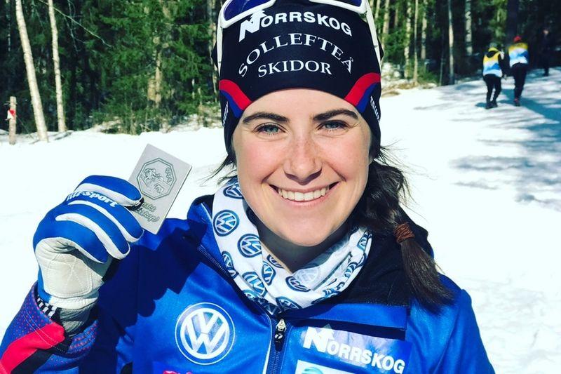 Ebba Andersson är en av många starka åkare till start i Volkswagen Tour i Gällivare. Tävlingarna börjar med city sprint i kväll.