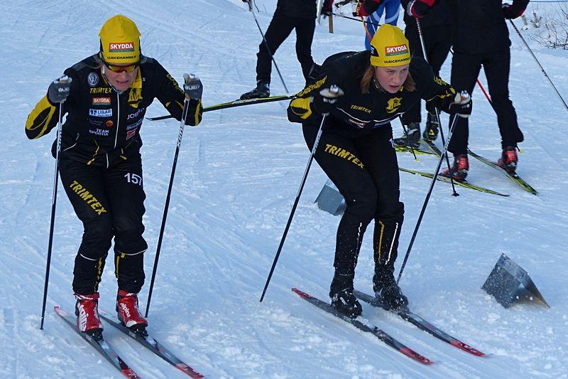 Ulricehamns IF:s Hanna Falk och Maria Nordström är ett av favoritparen till torsdagen SM i teamsprint i Bruksvallarna. FOTO: Johan Trygg/Längd.se