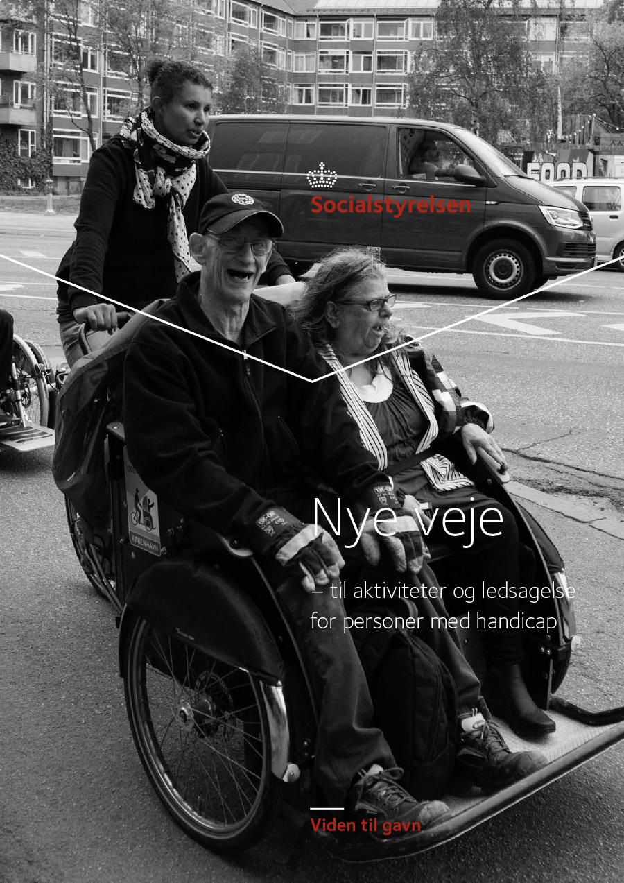 Omslagsbilde til idéheftet Nye veje – til aktiviteter og ledsagelse for personer med handicap