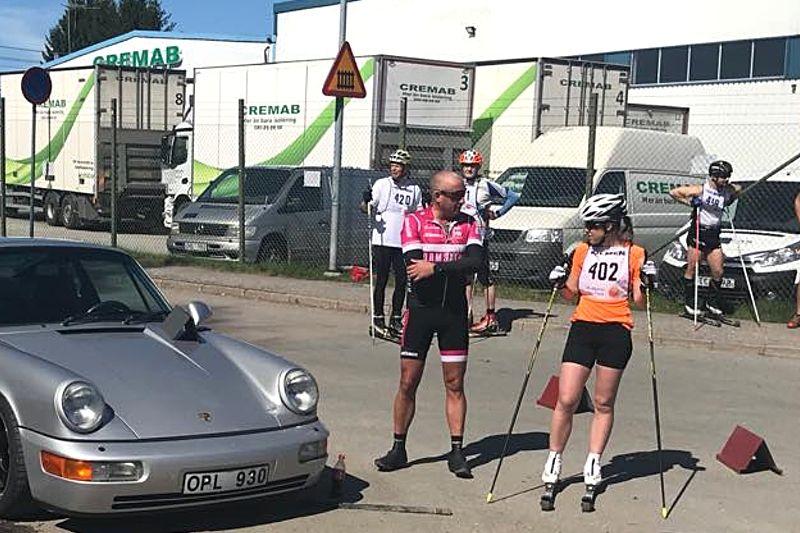 Damvinnaren Lisa K Svensson strax före start på Snö&Tö Rullskidtours prolog. FOTO: David Holmström.