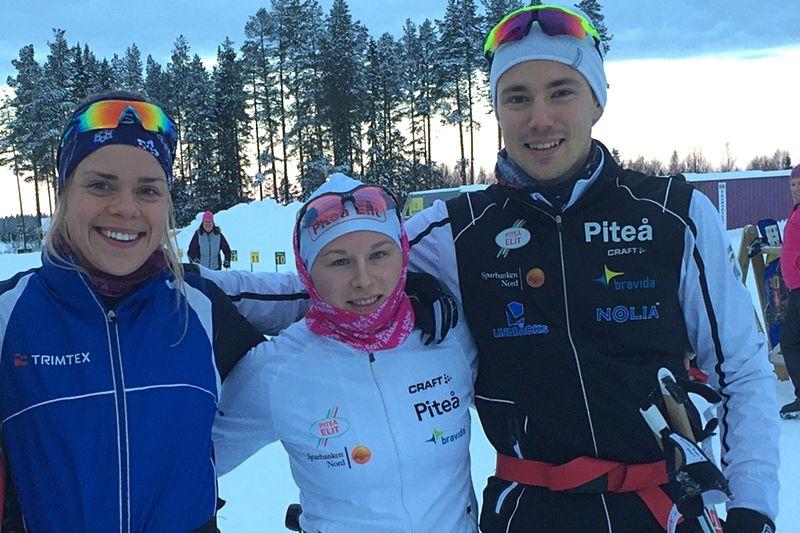 Lovisa Modig blir ny åkare i Piteå elit. Här är Lovisa tillsammans med Mia Eriksson samt Karl Edenroth som anställts som ledare och tränare i klubben. FOTO: Jenny Axelsson.