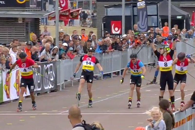 Tobias Westman slog ett helt gäng av Sveriges bästa sprintåkare i sprintfinalen på rullskid-SM i Helsingborg. FOTO: Från SVT:s sändning.