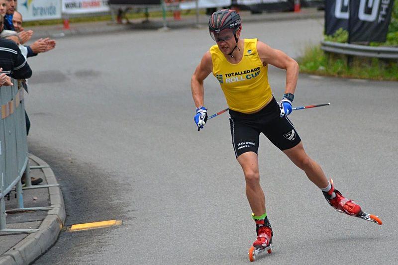 Robin Norum vann dagen världscuploppet på rullskidor i Lettland. Bilden dock från Sting Hill Race i Trollhättan i fjol. FOTO: Johan Trygg/Längd.se.