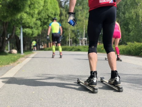 Det kan var smart att gå en teknikkurs på rullskidor om man är ovan rullskidåjare. FOTO: tynellactivity.se.