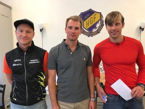 Topp tre i herrklassen. Från vänster: Ronny Wedin (2:a), Jesper Nyström (1:a) och Jonas Böhlmark (3:a). FOTO: Hägersta GF.