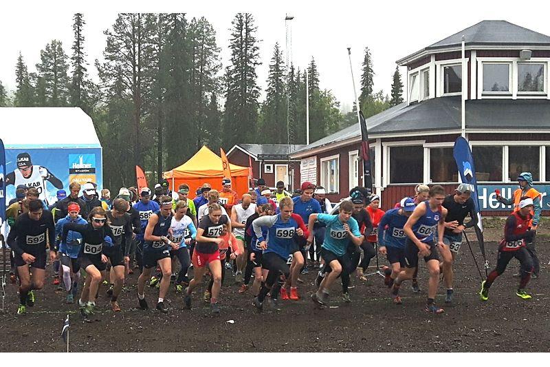 Starten för Dundret Extreme Running som såg Moa och Viktor Majbäck som segrare. FOTO: Dundret Extreme Running.