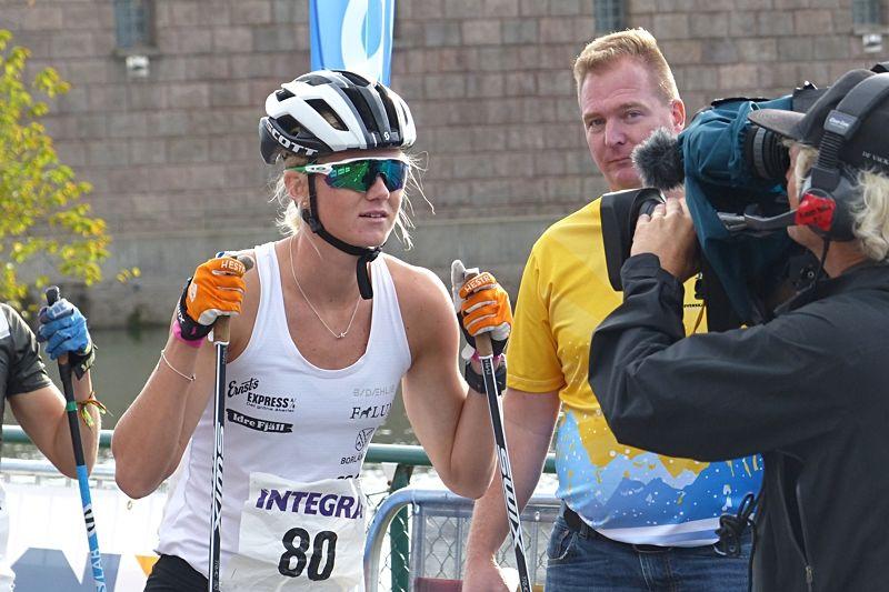 Maja Dahlqvist är en av damåkarna som är på plats på landslagets läger i Torsby fram till 5 september. Här är Maja vid Integra Sprint i Trollhättan förra helgen. FOTO: Johan Trygg/Längd.se.
