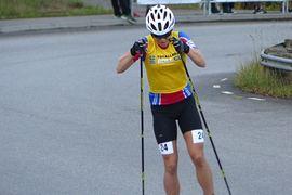 Moa Hansson vann juniorklassen vid rullskidvärldscupens masstart i Italien idag. FOTO: Johan Trygg/Längd.se.