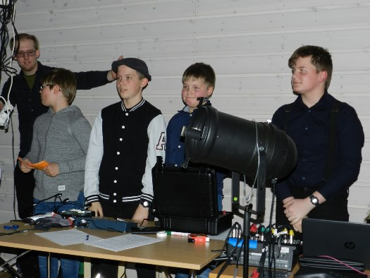 Crewet for lys og lyd