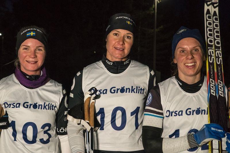 Topp tre på Knockoutsprinten i Grönklitt. Fr.v trean Elin Mohlin, ettan Britta Johansson Norgren och tvåan Lina Korsgren. FOTO: TW Media.