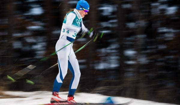Johanna Matintalo vann sprinten vid finska cupen i Rovaniemi på söndagen. På bilden är hon i farten vid sprintprologen under OS i vintras. FOTO: Petter Arvidson/Bildbyrån.