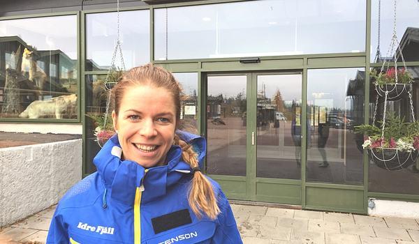Efter en lång och framgångsrik skidkarriär har nu Maria Rydqvist ett arbete när skidåkningen på Idre Fjäll. FOTO: Johan Trygg/Längd.se.