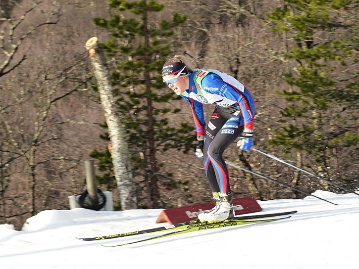 Frida Karlsson hade bra fart på dagens lopp och blir att räkna med på lördagens lopp också. FOTO: Johan Trygg/Längd.se.