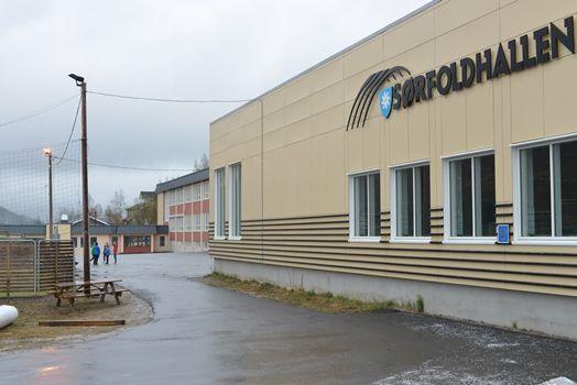 Straumen skole og Sørfoldhallen