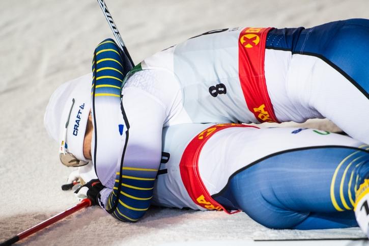Kramkalas mellan Ida och Maja. FOTO: Carl Sandin/Bildbyrån.