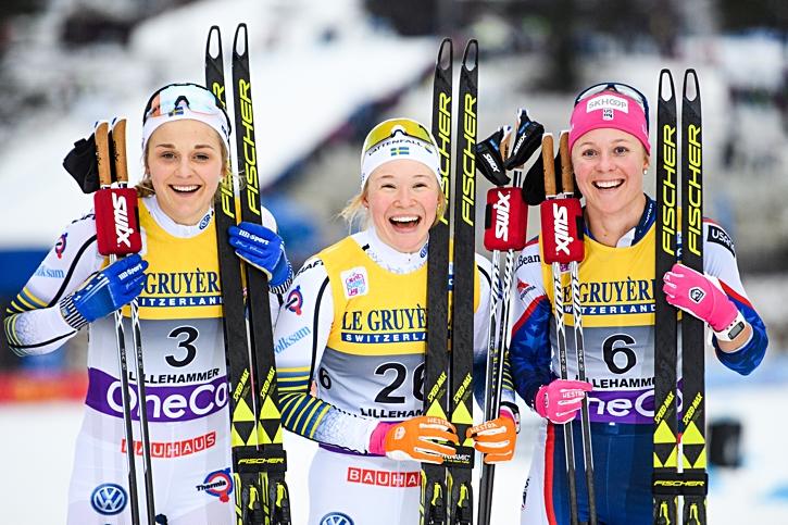 Sprintpallen i Lillehammer: Stina Nilsson, tvåa, Jonna Sundling etta och Sadie Bjornsen trea. FOTO: Jon Olav Nesvold/Bildbyrån.