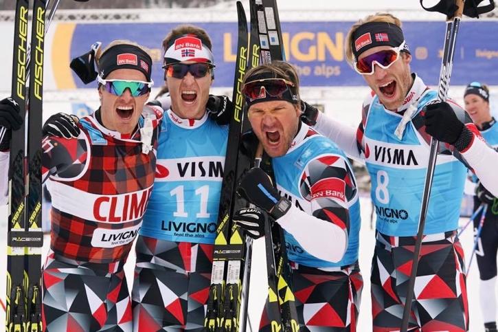 """Morten Eide Pedersen, Petter Eliassen, Öystein """"Pölsa"""" Pettersen och Simen Östensen hade all anledning att jubla. FOTO Magnus Östh."""