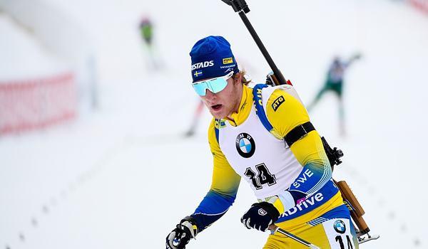 Sebastian Samuelsson bommade bort chansen till en topplacering på jaktsstarten i  Pokljuka. FOTO: GEPA pictures/Matic Klansek.