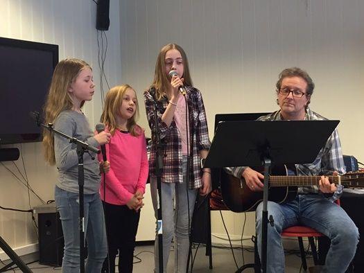 Konsert med sangelever