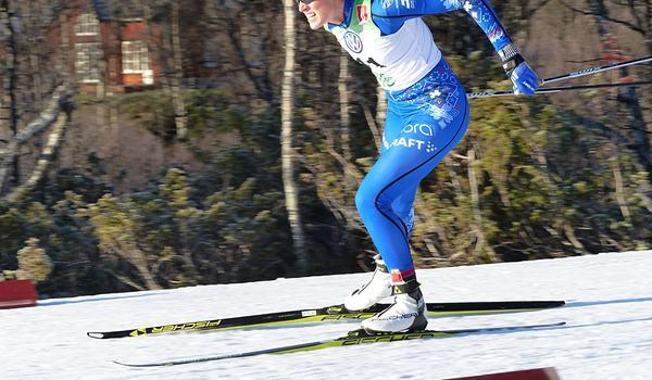 Anna Dyvik vann jaktstarten vid Volkswagen cup-finalen i Kalix tätt före Sofia Henriksson. FOTO: Johan Trygg/Längd.se.