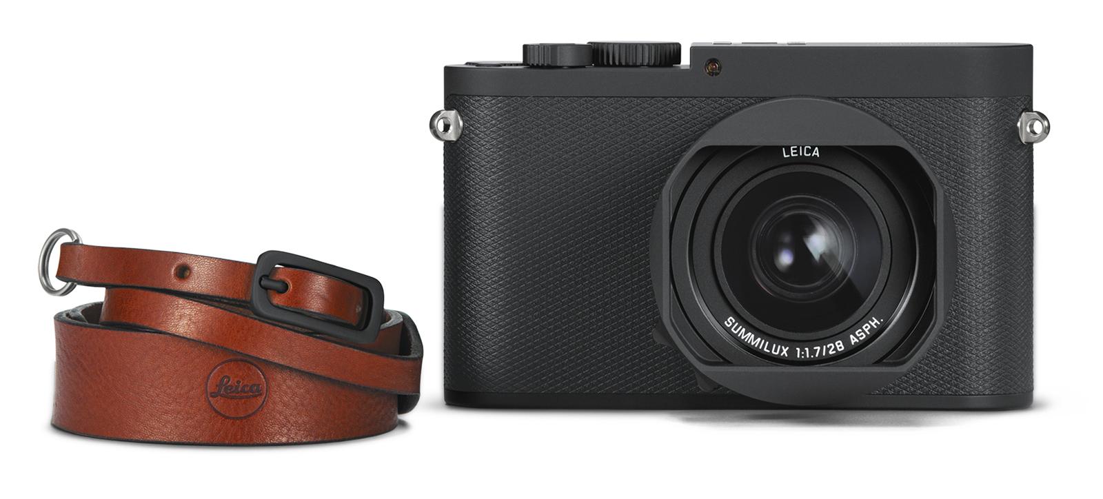 Leica Q-P_carrying strap_front_RGB.jpg