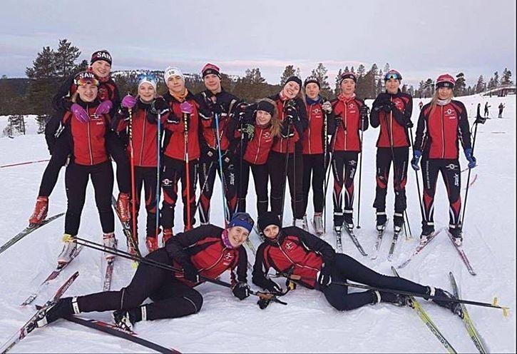 Nu är filmen om livet som skidjunior i Göteborg klar. FOTO: Sävedalens AIK skidor.
