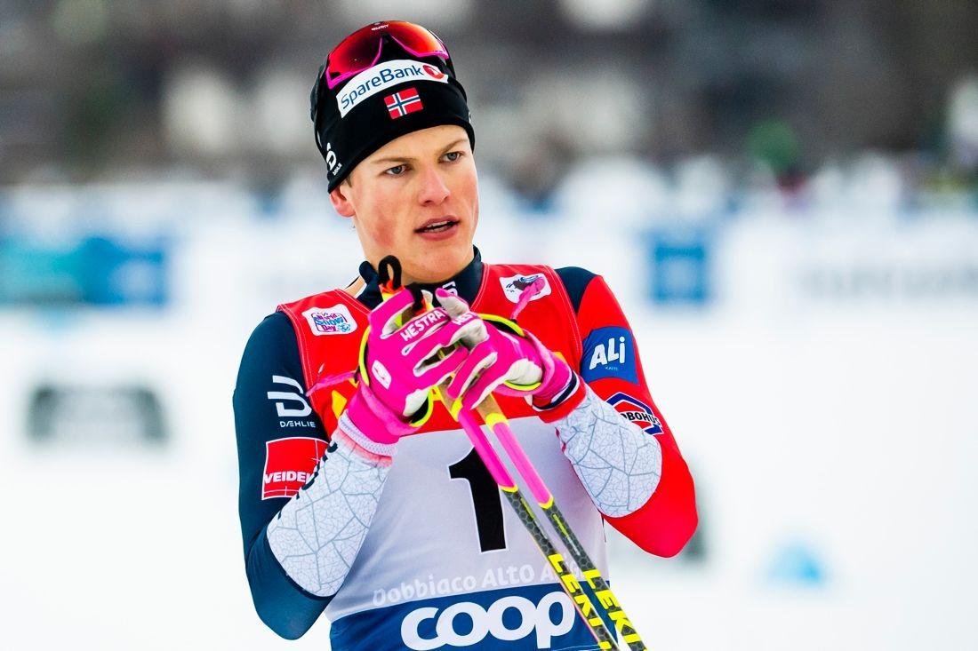 Johannes Hösflot Kläbo var klart snabbat i nyårsdagens sprintprolog i Val Müstair, Schweiz. FOTO: Fredrik Varfjell/Bildbyrån.