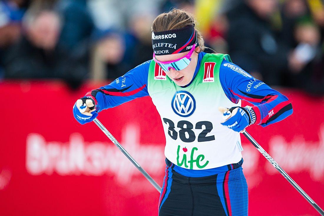 Ebba Andersson vann knappa åtta sekunder före Charlotte Kalla på Kopparskidan i Falun. FOTO: Johan Axelsson/Bildbyrån.