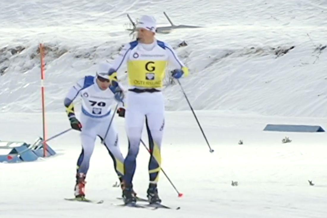 Zebastian Modin vann 10 kilometer klassiskt vid paravärldscupen hemma i Östersund i par med ledsagaren Jerry Ahrlin. FOTO: SVT Jämtlands sändning.