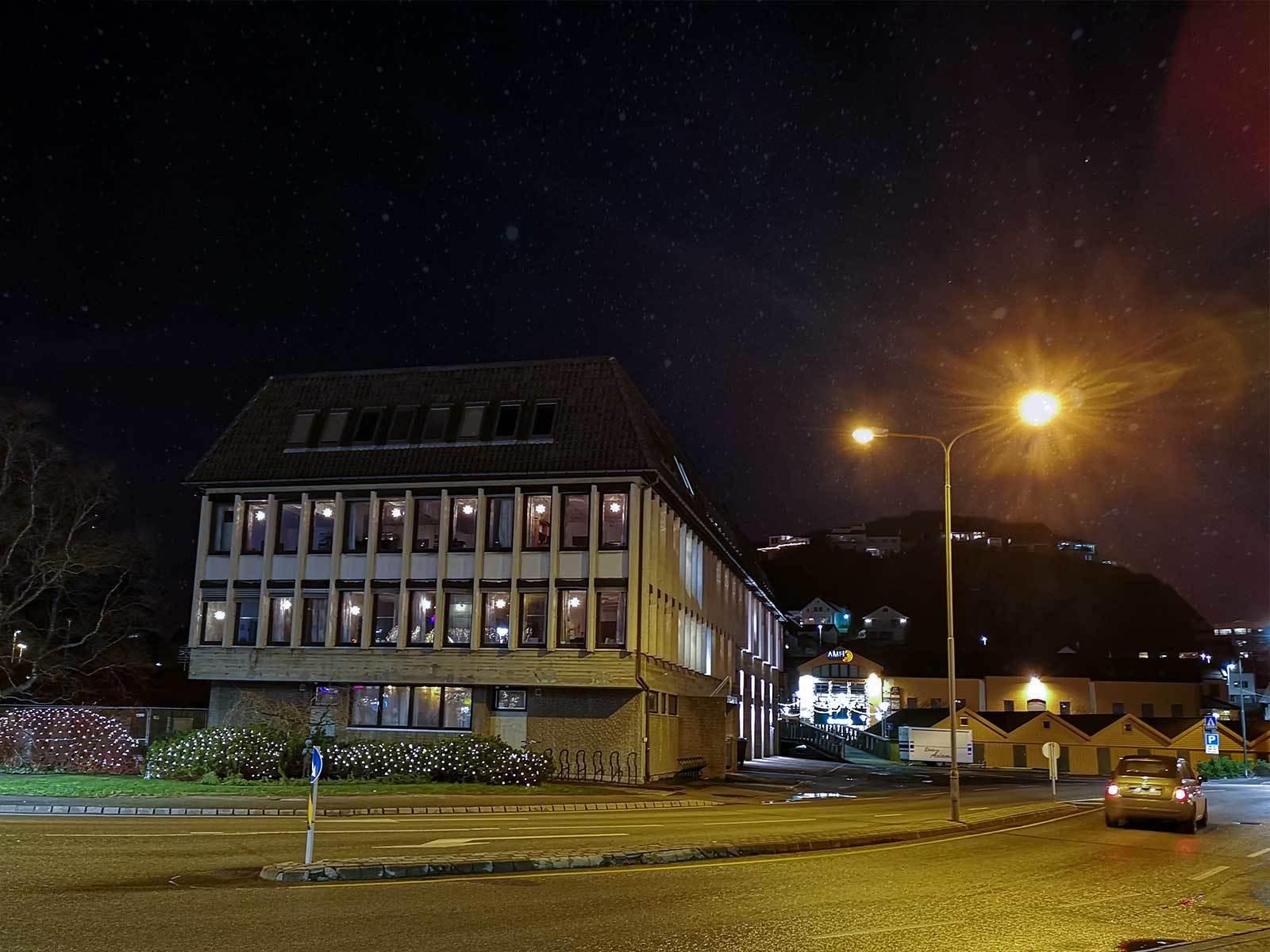 Rådhuset en stjernenatt