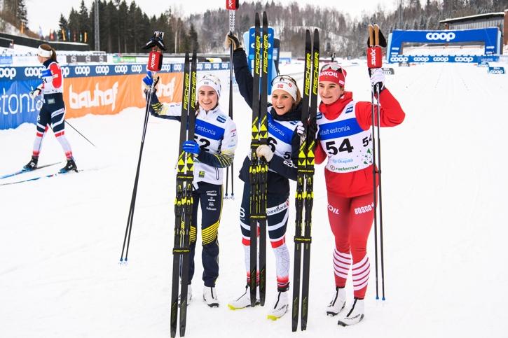 Topptrion 10 kilometer klassiskt i Otepää, Estland: Ebba Andersson, Therese Johaug och Natalia Nepryaeva. FOTO: Jon Olav Nesvold/Bildbyrån.