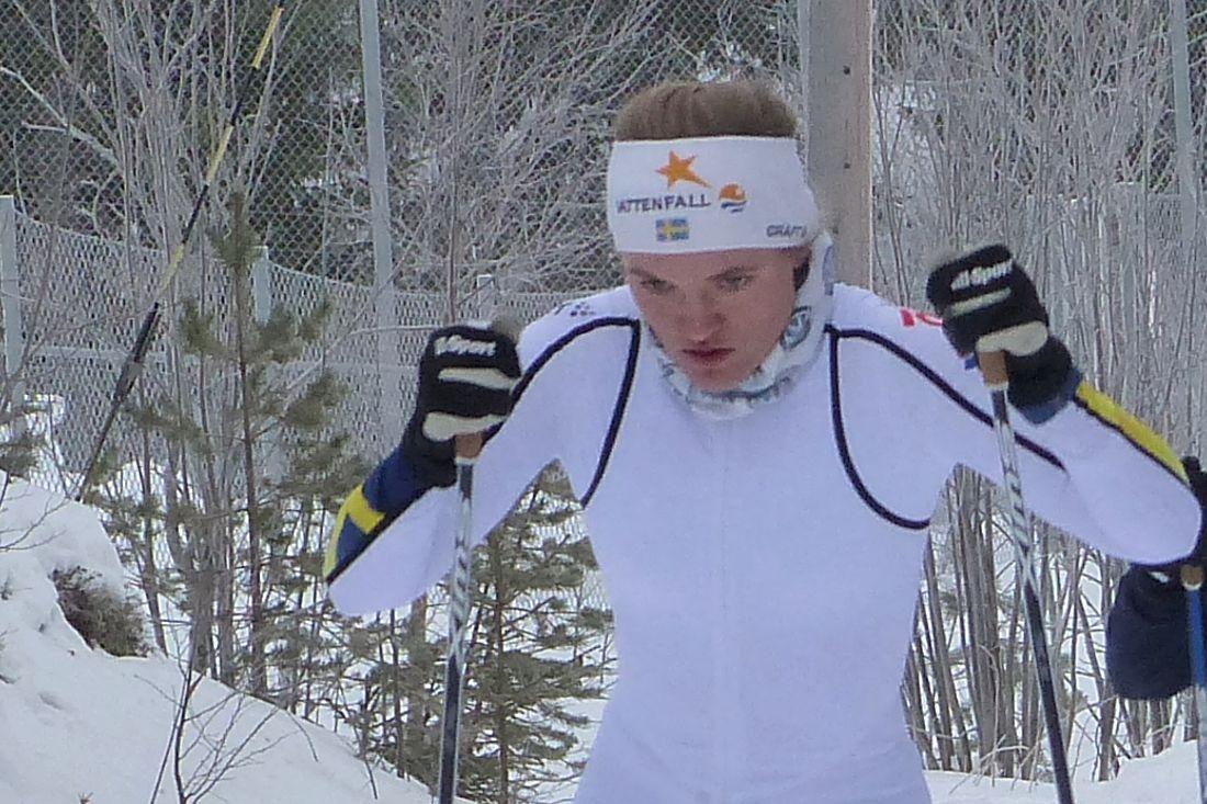 Linn Svahn var nära medalj på JVM-sprinten men fick nöja sig med fjärde plats. FOTO: Johan Trygg/Längd.se.