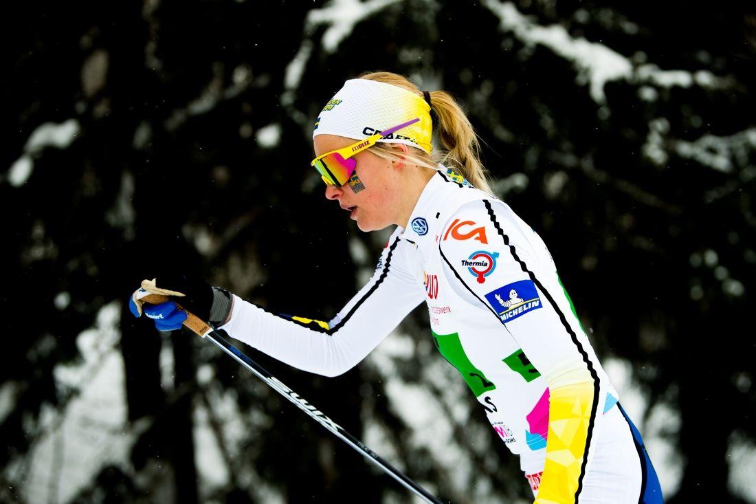 Frida Karlsson vann guld på 5 kilometer fristil vid JVM i Lahtis, Finland på tisdagen. FOTO: Vegard Wivestad Grött/Bildbyrån.