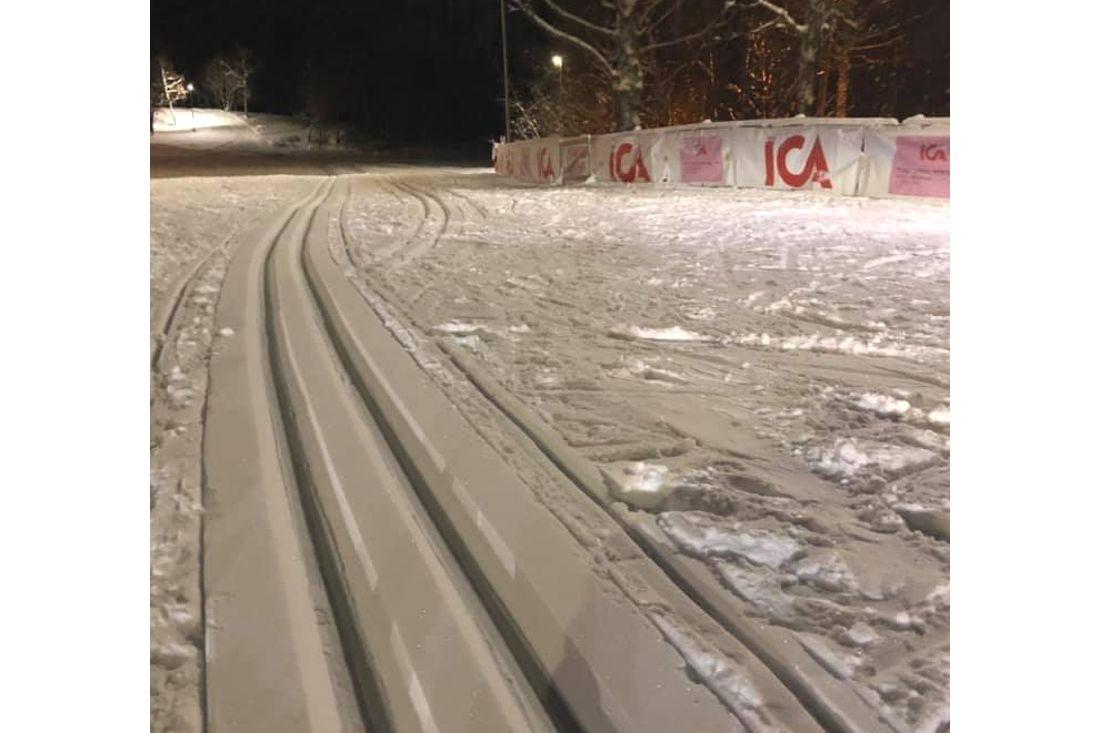 Snöfall förra veckan har räddat ICA-loppet i Matfors och mer snö är på väg. FOTO: Matfors SK skidor.