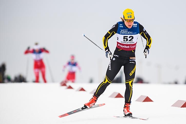 Hanna Falk fick förstås stort stöd när hon for fram i Ulricehamns IF:s färger. FOTO: Mathias Bergeld/Bildbyrån.