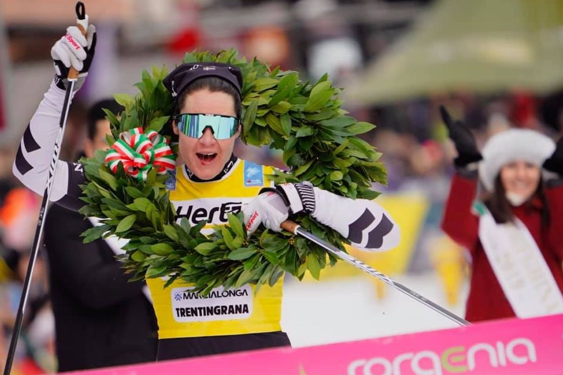 Svensk dubbel i Italien. Britta Johansson Norgren vann Marcialonga närmast före Lina Korsgren. FOTO: Magnus Östh.