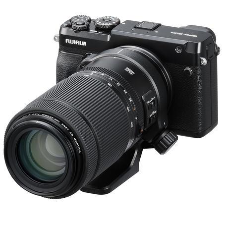 Fujifilms nye 100-200mm zom for mellomformatsystemet, her på GFX 50R.