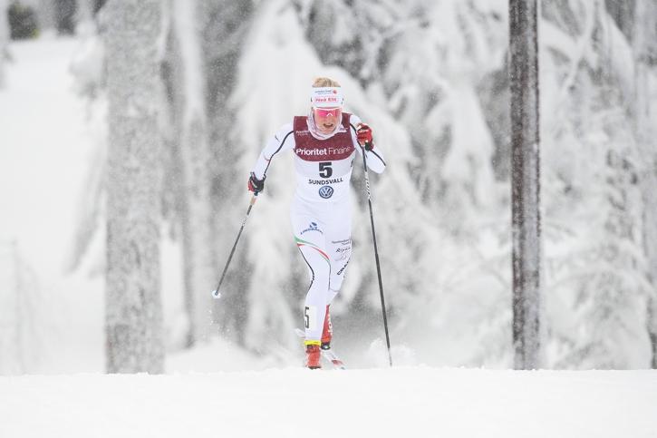 Lisa Vinsa åkte starkt och tog silver. Hennes första individuella SM-medalj som senior. FOTO: Simon Hastegård/Bildbyrån.