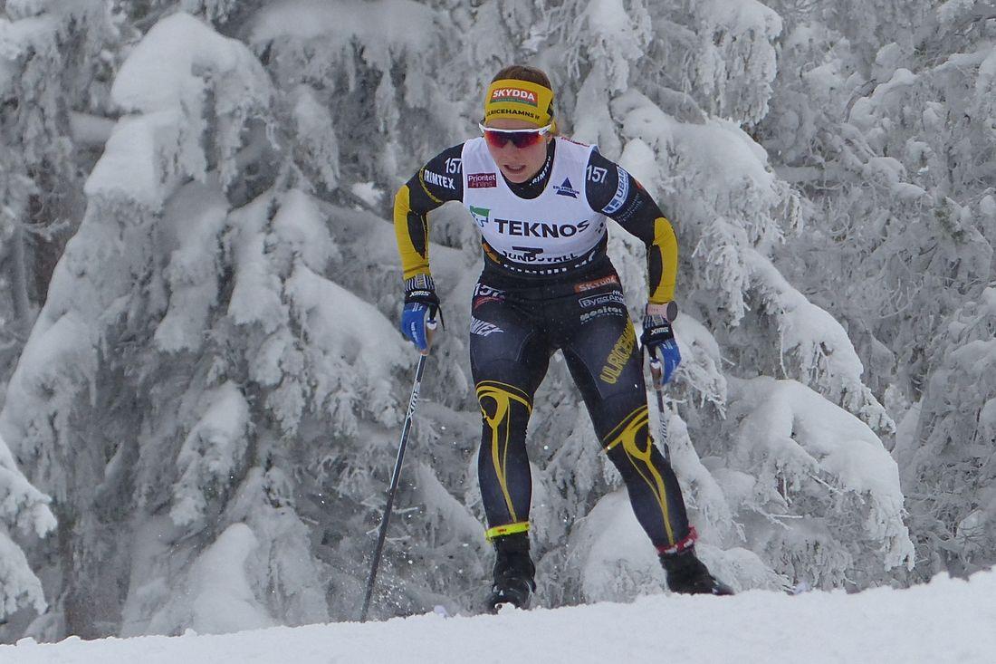 Johanna Hagström vann Skandinaviska cupens 5 kilometer före fyra svenska tjejer. FOTO: Johan Trygg/Längd.se.