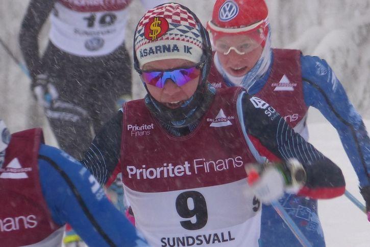 Emma Wikén tog en hemmaseger på Åsarna Ski Marathon. FOTO: Johan Trygg/Längd.se.