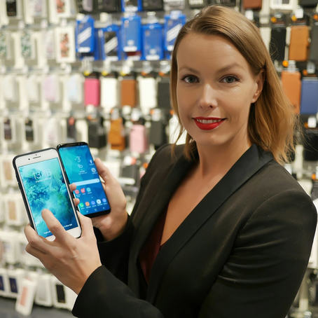 ER DYRE MOBILER BEDRE MOBILKAMERAER? Status for mobilsalget i Norge i 2018 var litt færre, men flere dyre mobiltelefoner, forteller kommunikasjonssjef i Stiftelsen Elektronikkbransjen, Marte Ottemo. (Foto: Stian Sønsteng, Elektronikkbransjen)