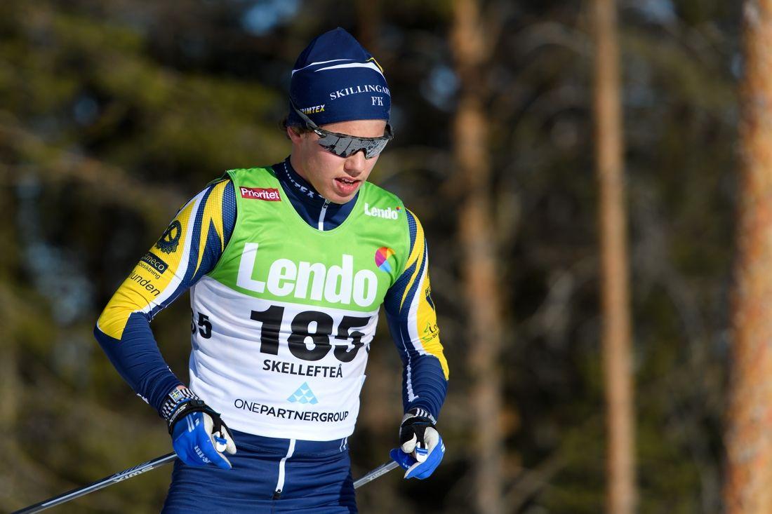 Leo Johansson vann fristilsloppet vid Volkswagen cup i Hudiksvall 2,8 sekunder före hemmaåkaren Oscar Olsson. FOTO: Carl Sandin/Bildbyrån.