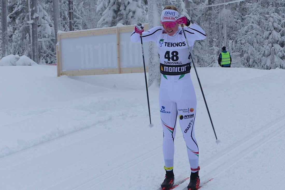 Emma Ribom får göra världscupdebut i Holmenkollen på söndag. FOTO: Johan Trygg/Längd.se.