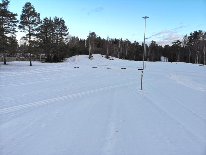 Här går delar av banan vid Jarlloppet skicross-sprinten på lördag. FOTO: John Vikman.