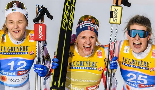 Medaljtrion på VM-sprinten i Seefeld. Stina Nilsson, Maiken Caspersen Falla och Mari Eide. FOTO: Vegard Wivestad Grött/Bildbyrån.