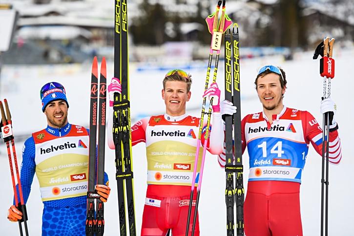 Medaljtrion Federico Pellegrino, Johannes Hösflot Kläbo och Gleb Retivykh. FOTO: Joel Marklund/Bildbyrån.